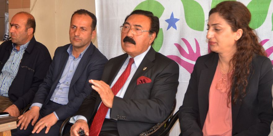 HDP'li eski vekil Esat Canan, AK Parti'den sonra HDP'yi ziyaret etti