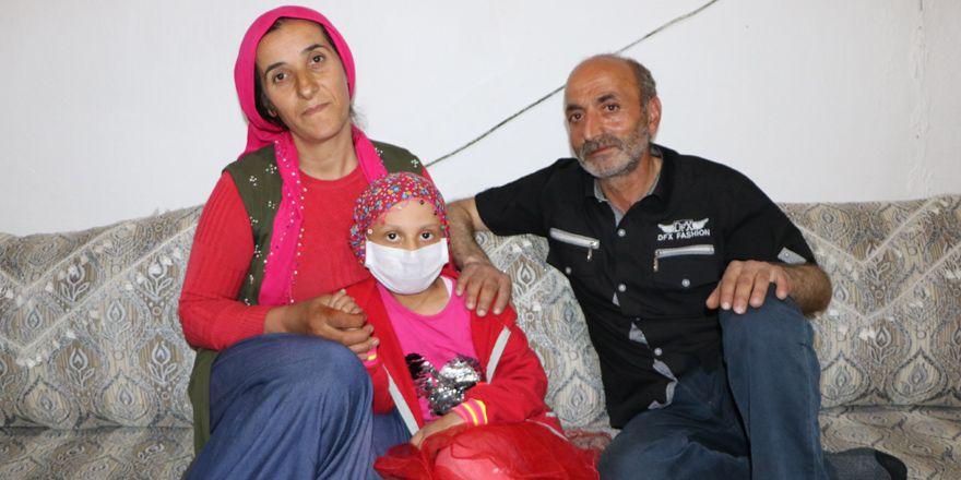 Yüksekova: Lösemi hastası Zozan, yardım eli bekliyor