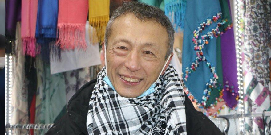 Ülkesine dönemeyen Çinliye Yüksekovalılar sahip çıktı